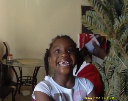 3-Year-Old Dials 911 & Police Save Her Family's Christmas (VIDEO)