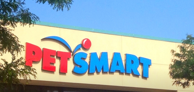 PetSmart Takes Part In T-Mobile Tuesdays, Forgets To Limit Freebie To T-Mobile Customers