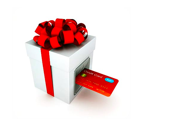 It Can Pay to Use Credit Cards During the Holidays