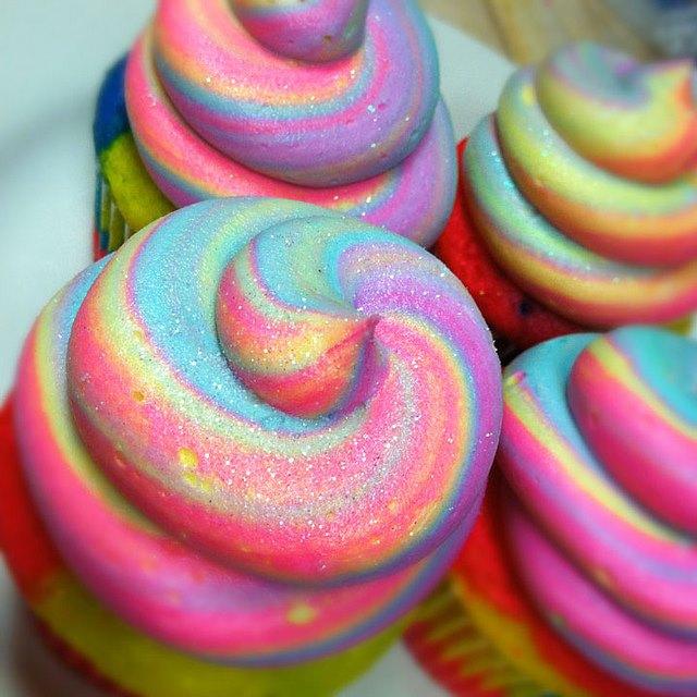Pastel Rainbow Fantasy Cupcakes