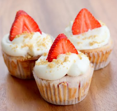 Strawberry Cheesecake Cupcakes