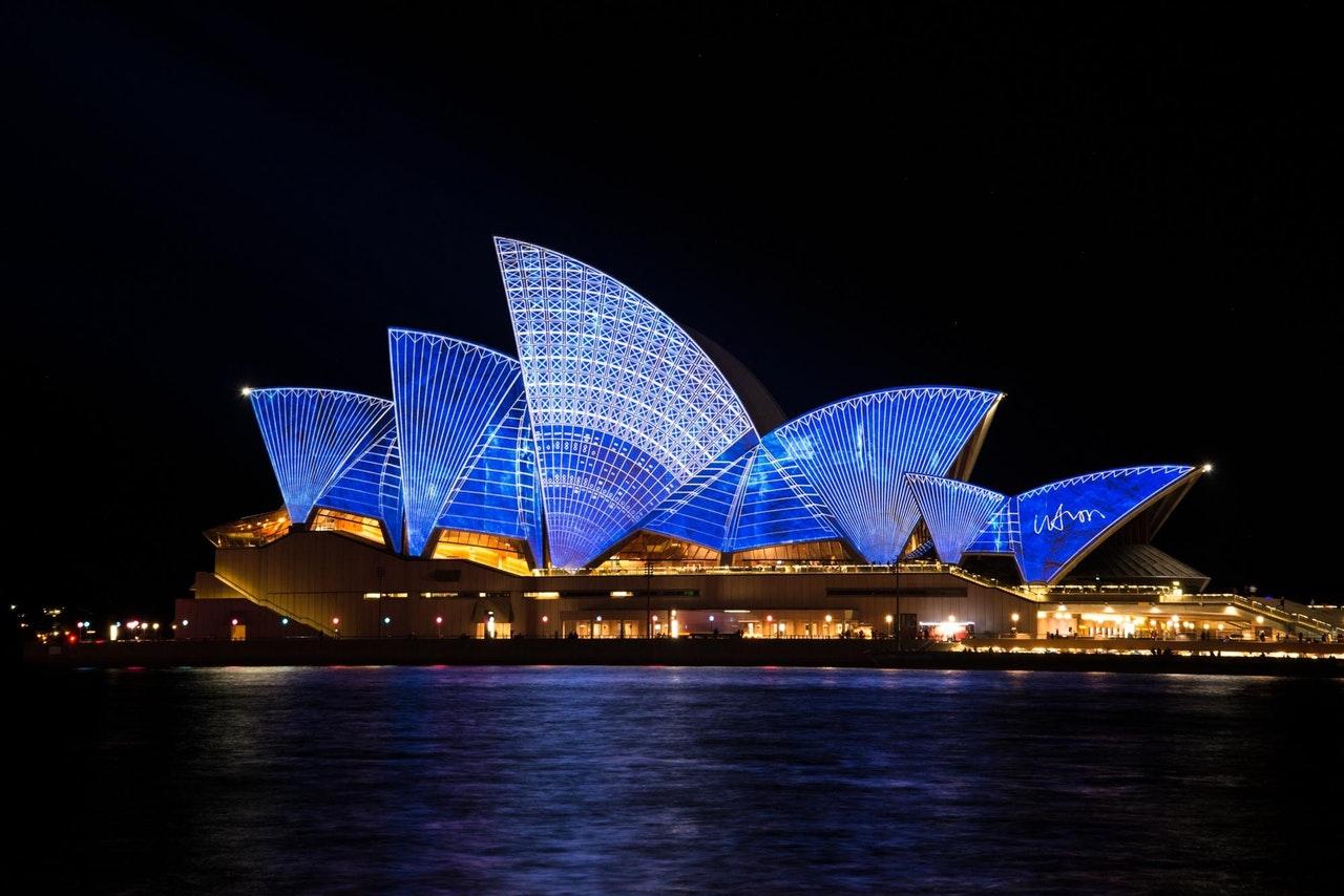 "Blue Lizard Australian Sunscreen  ""Win a Family Trip to Australia"" Sweepstakes"