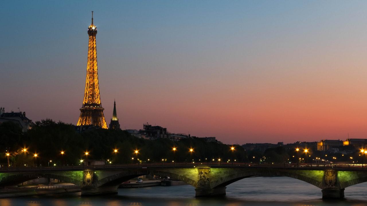 Enter Enjoy Perrier Today, Paris Tomorrow Sweepstakes